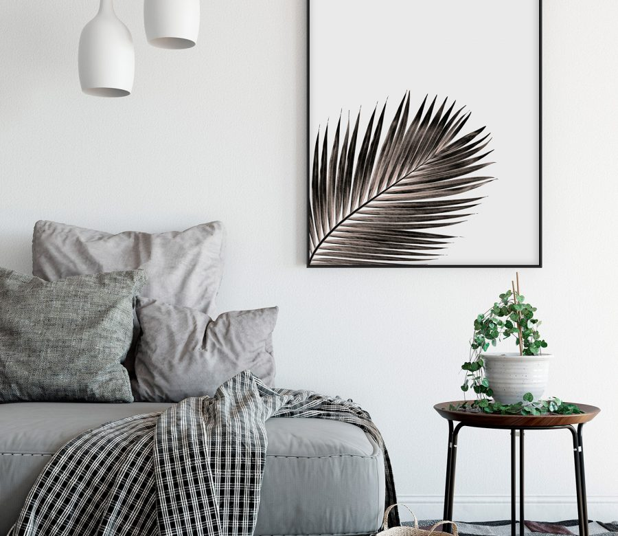 accent-frame-on-wall