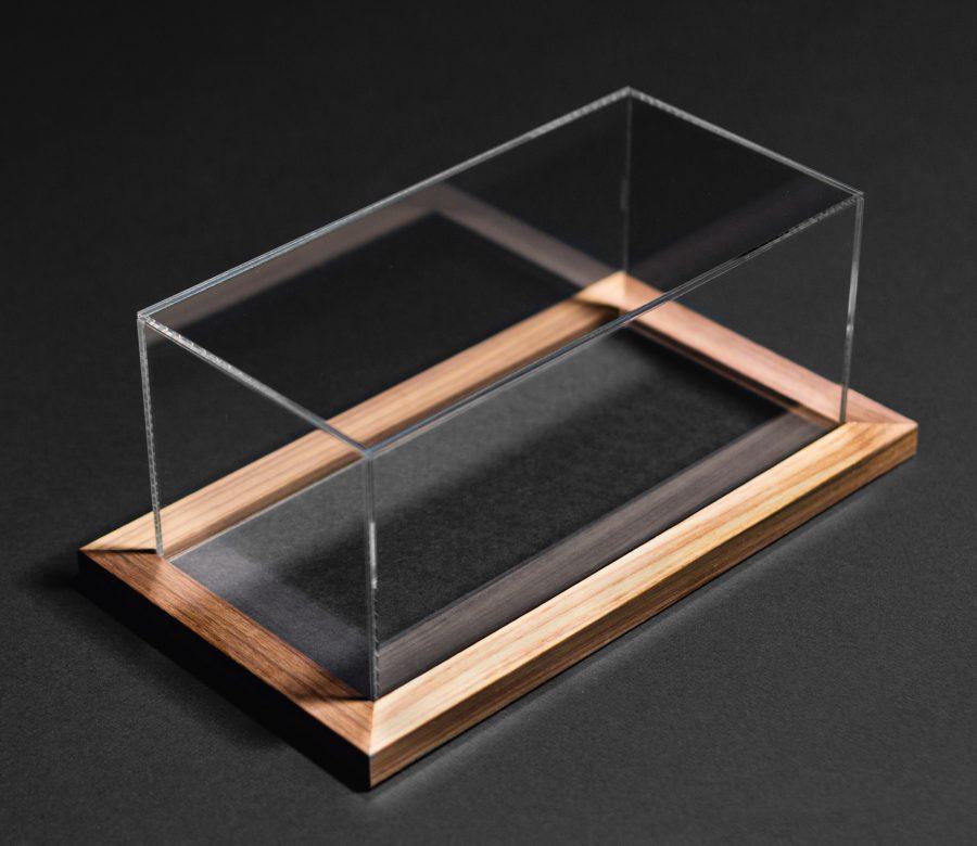 plexi-display-example