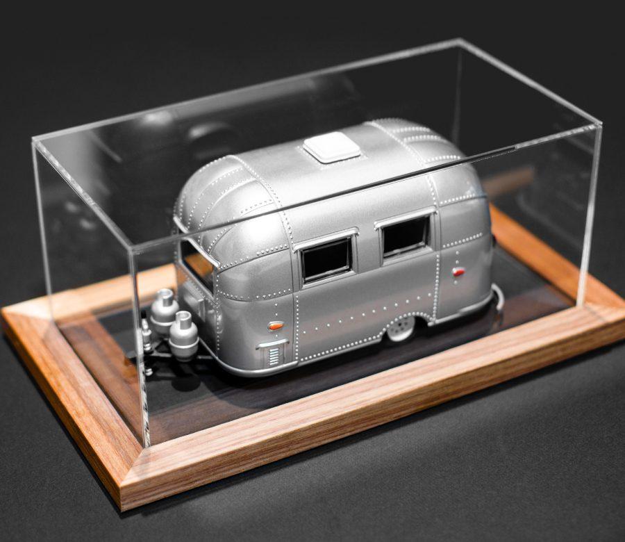 plexi-display-trailer