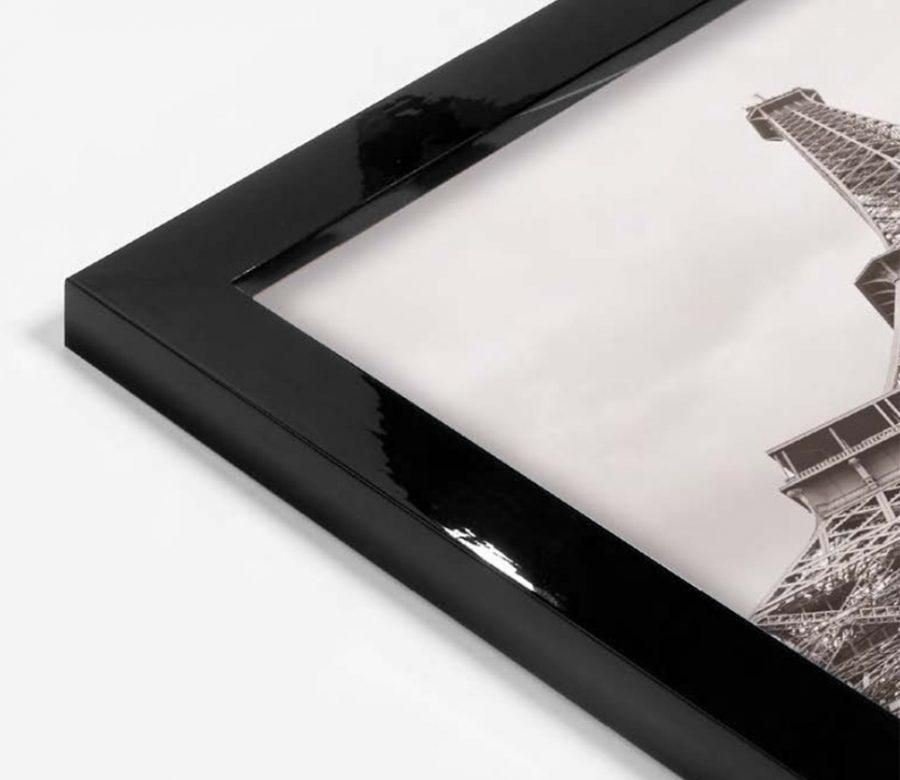 strak-gespoten-lijst-hoogglans-zwart-foto-eiffeltoren