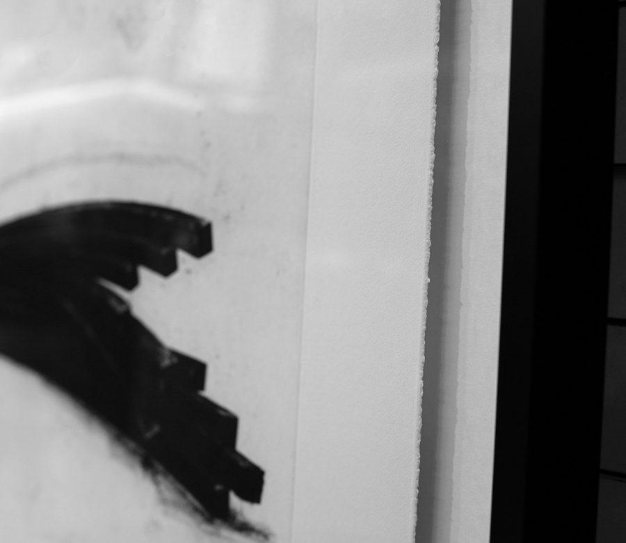 zwevend-inlijsten-detail-schaduwvoeg-bernar-venet-kunstwerk